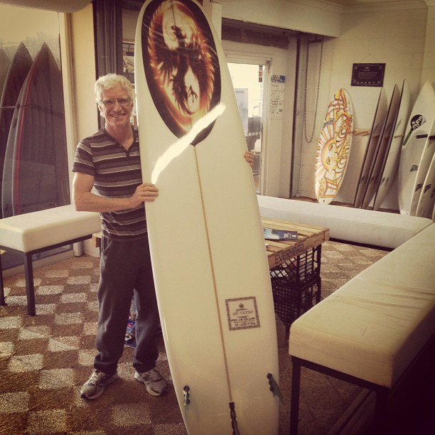 Dr Ian @diversesurf with the Phoenix rising #custom #longboard