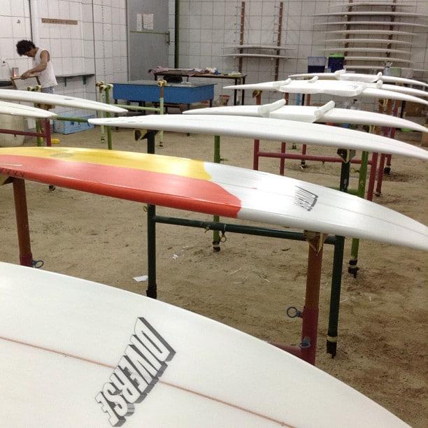 #rackemup #busybusy #laminating #surfboards #balimadebaligood