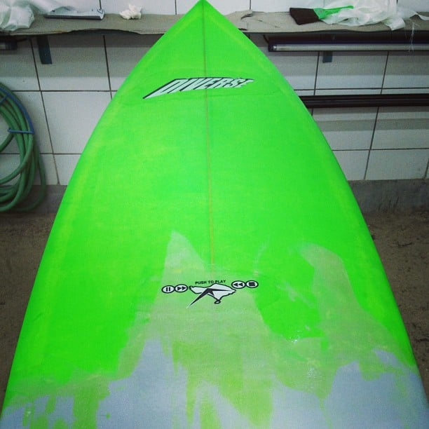 #greenwithenvy #customsurfboard #performancequad #resincolored