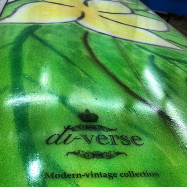 #handpainted #modernvintage #customsurfboards