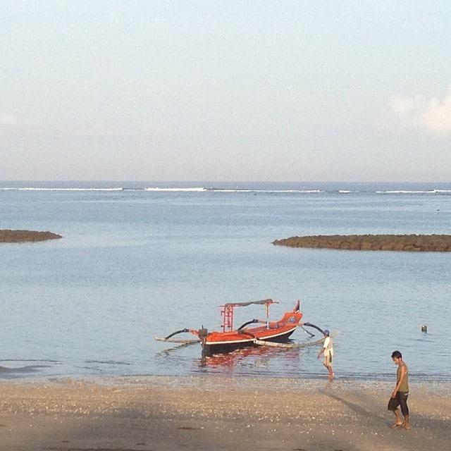 #lowtide #bali #holiday #reef #photo #boat #surfbreak