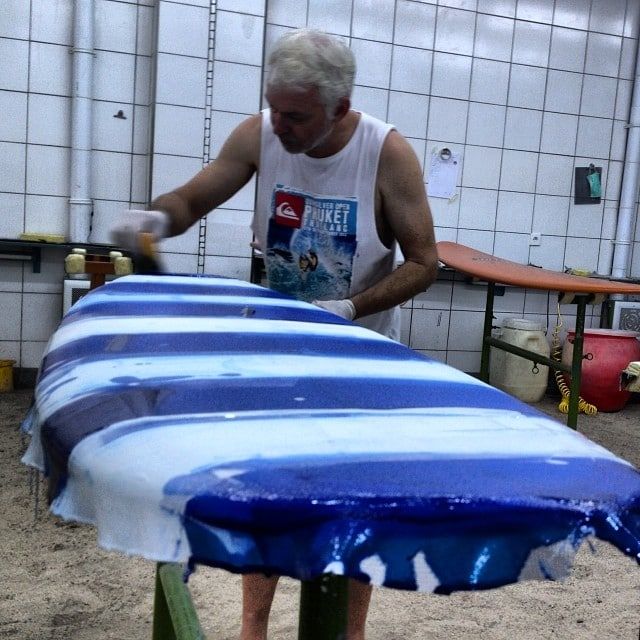 #doingitall #handson #customsurfboards #resinart