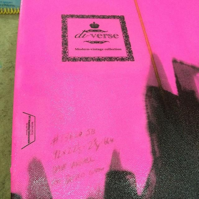 #isit #blackpache #pink #ydink #resinart #customergets #cutlaps #custom #longboard #log #surfboard #modernvintage #balimadebaligood #boardsforlife #bigsmiles #diversesurf