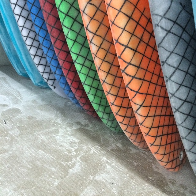 #chickenmesh #allinadayswork #pu #customart #racingmullet #diversesurf