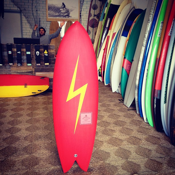 Bolt on down to the red heart of #diversity @diversesurf #customsurfboards