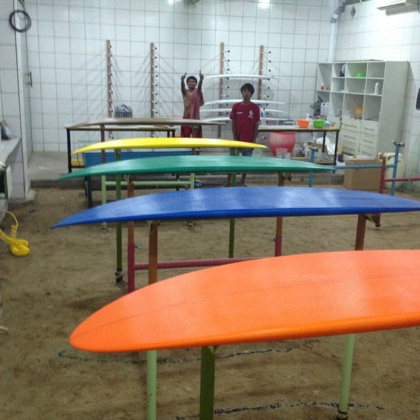 #inthedeepend #resincolors #glassingsurfboards