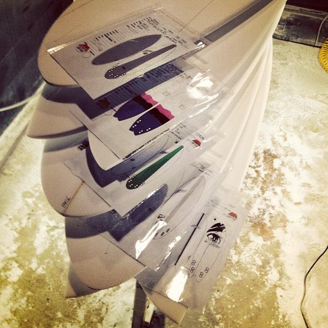 #whitedust #backatit #todaysshapes @almacdonald @toru_87bags @brockklar @manymore #customsurfboards