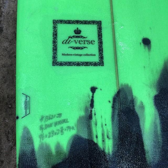 #custom #cutlaps #resinart #resincolors  #modernvintage #log #longboard #luckycustomers
