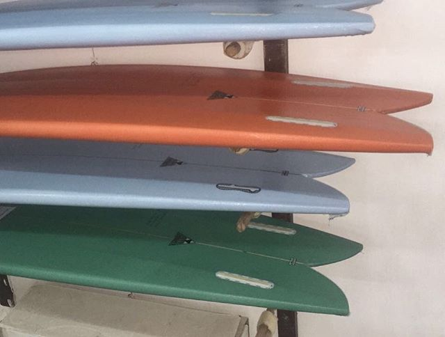 #twinfins #surf #lively #freedom #futurefins #astral #tracer #customorder #now